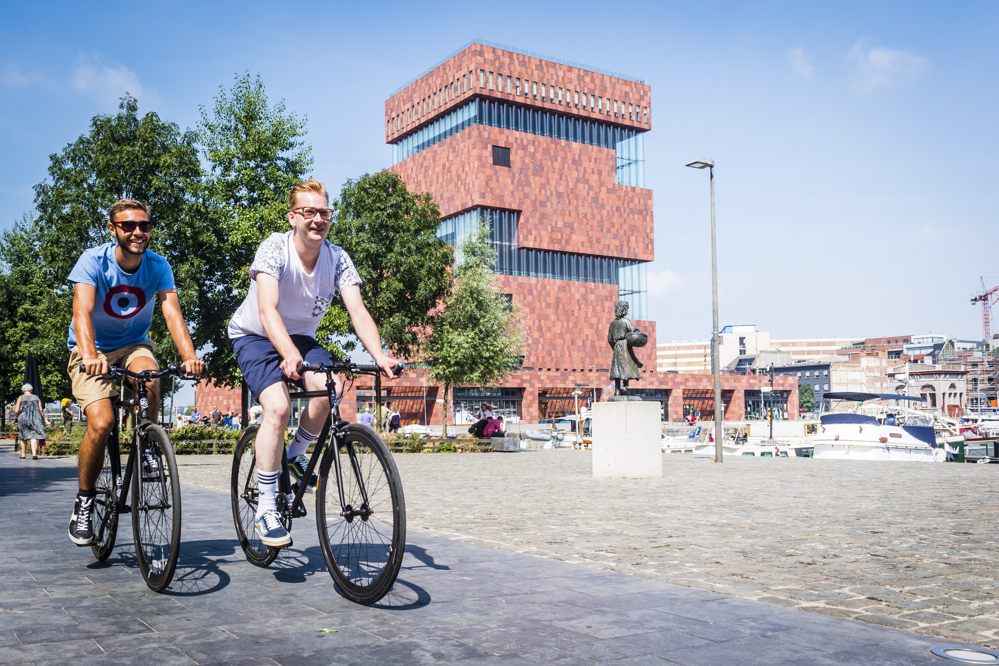 Historic cycling tour